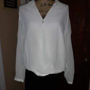 NWT Zara woman hi lo top. Medium